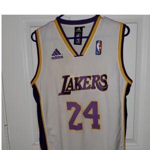 Kobe Bryant LA Lakers Jersey. Youth L 18-20 adidas